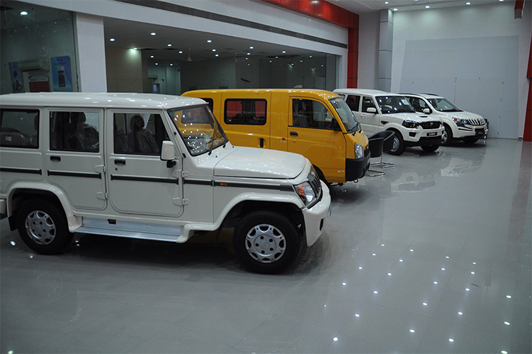 Dada Motors Mahindra Mahindra Dealers And Showroom S In
